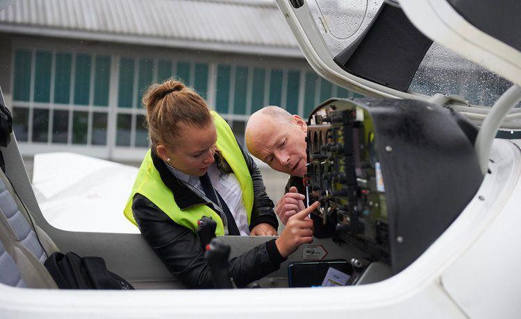 ausbildung als pilotin bei der lufthansa group - Lufthansa Bewerbung Pilot