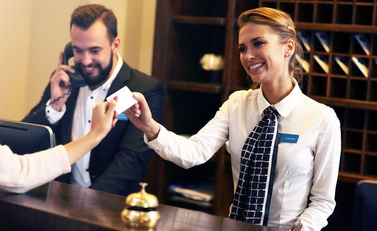 Auf hotelfachfrau was englisch heißt Hotelfachmann (m/w/d)