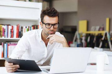 ausbildung zum informatikkaufmann infos und freie pl tze. Black Bedroom Furniture Sets. Home Design Ideas