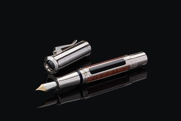 Job posting gallery 360x240 145100 pen of the year 2016 auf schwarz office 26771