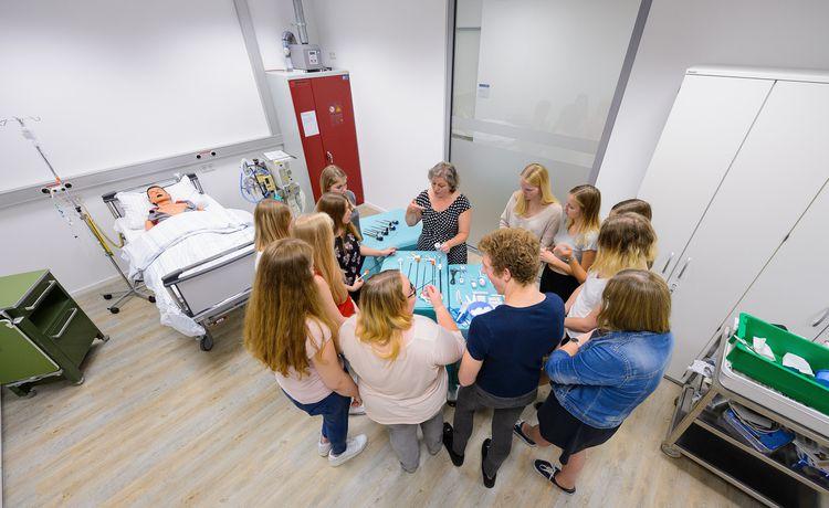 Gesundheits Und Krankenpfleger Werden Ausbildung Als Gesundheits