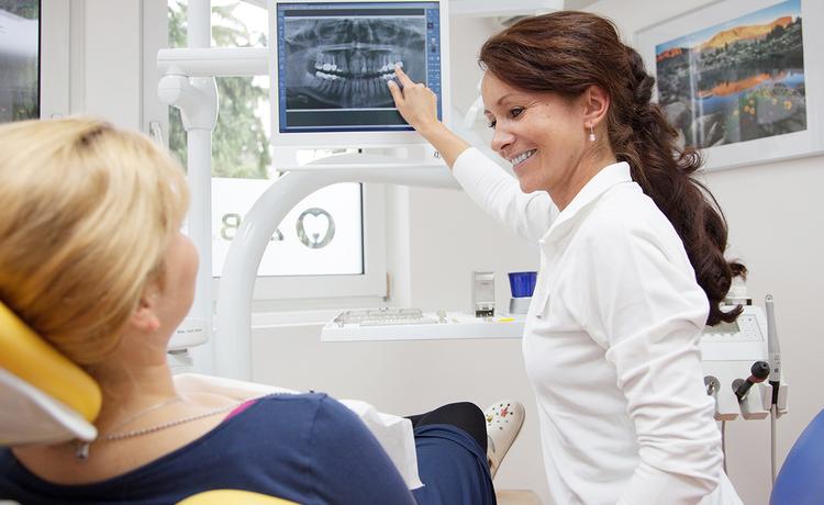 Zahnmedizinische Angestellte Ausbildung Infos Und Freie Stellen