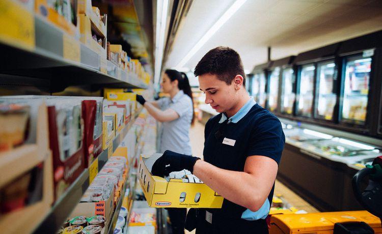 Kauffrau Im Einzelhandel Karriere Und Weiterbildung