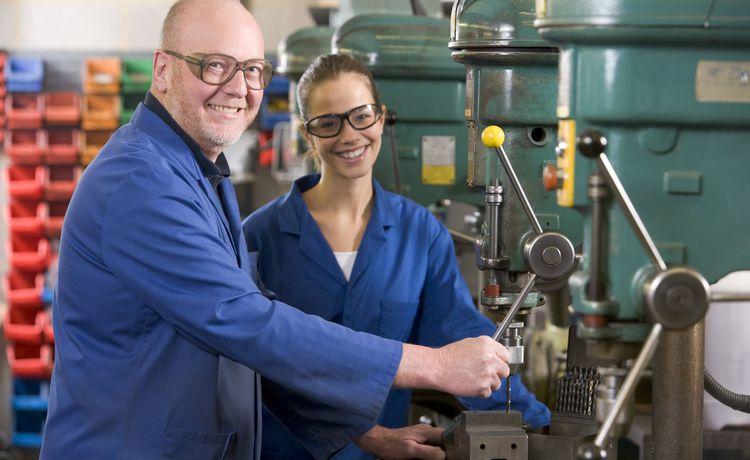 Bewerbung Für Ein Duales Studium In Maschinenbau Tipps Und Hinweise