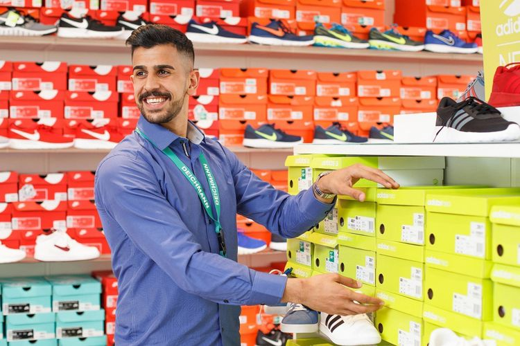Job posting gallery 1604 deichmann azubis30662 lores